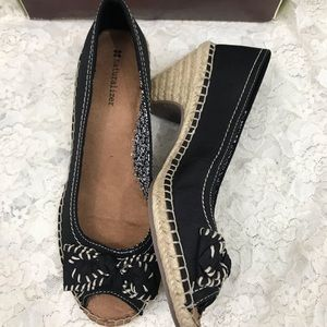 NWB Naturalizer Retreat Espadrille Heels